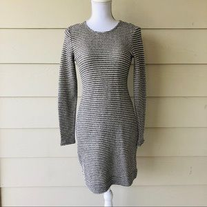 Banana Republic•Knit Long Sleeved Dress